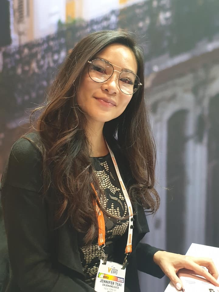 Latest TEF blogger Jennifer Tsai trying out a TC Charton frame for the upcoming TEFdoesMANHATTAN shoot