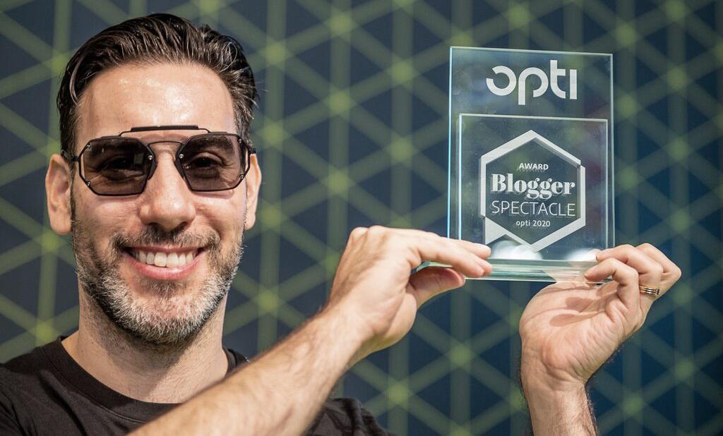 Covrt Project // Winner Opti Blogger Spectacle