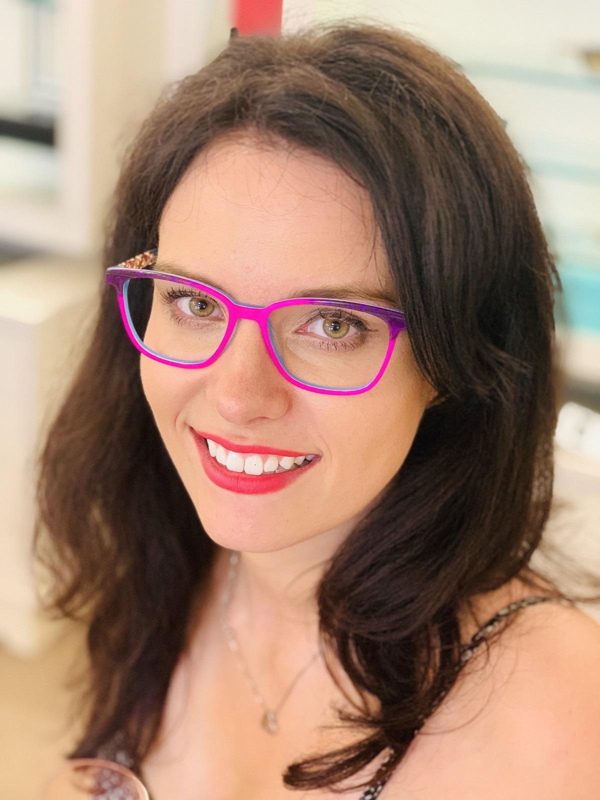 How to Attract & Inspire Adventurous Eyewear Buyers