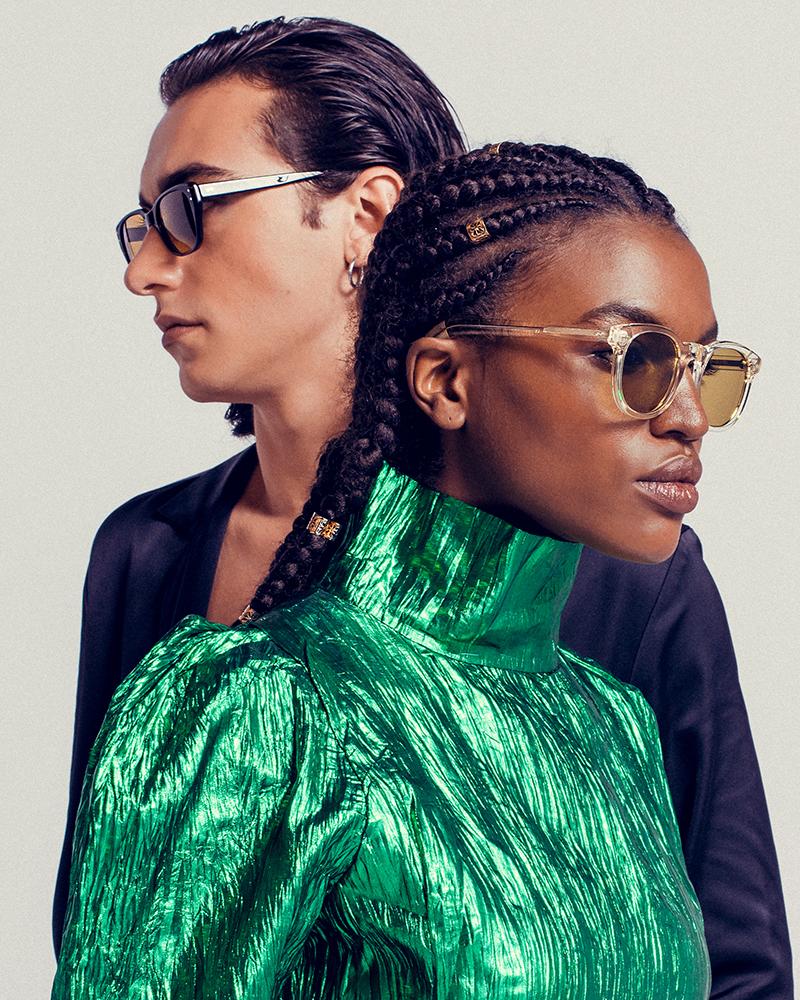 a20.02.001-brun homme_ a21.06.008-vert femme couple 1
